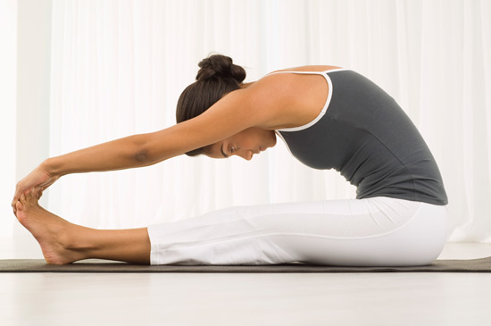 5 Ways Bikram Yoga Helps You Run Better