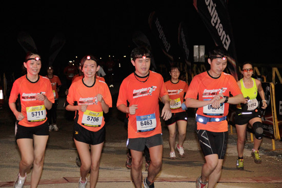Energizer Singapore Night Trail 201: Positive Energy All Around!
