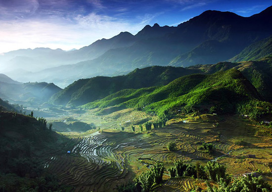 Running in the Exotic Mountains: Vietnam Mountain Marathon 2013