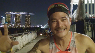 Video: Run Happy Singapore 2013 Sets Marina Barrage Aglow with Fun and Music