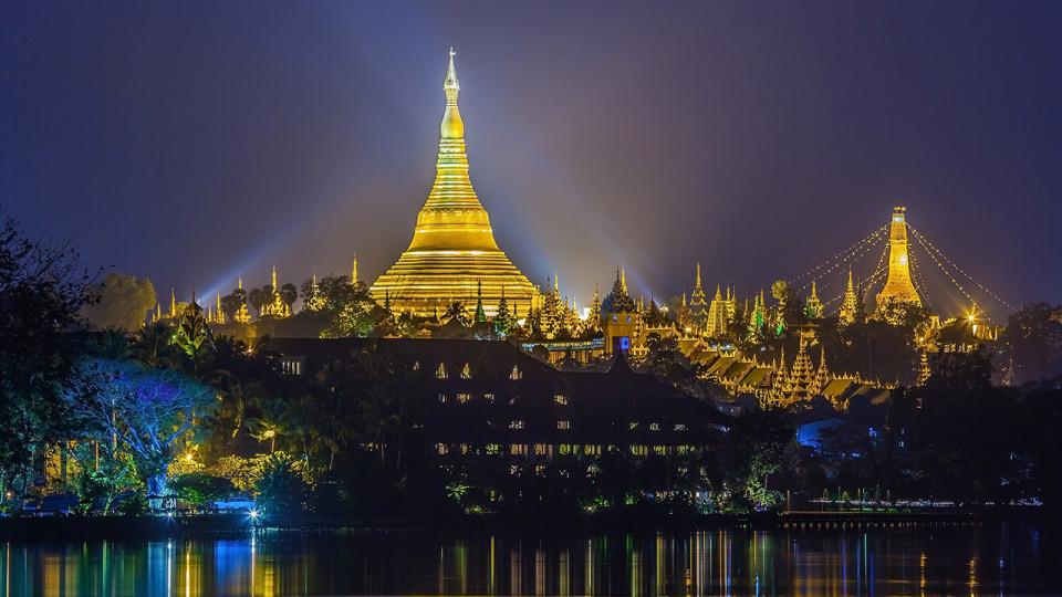 Yoma Yangon Marathon 2014: Raw, Beautiful Sights and Barefoot Runners