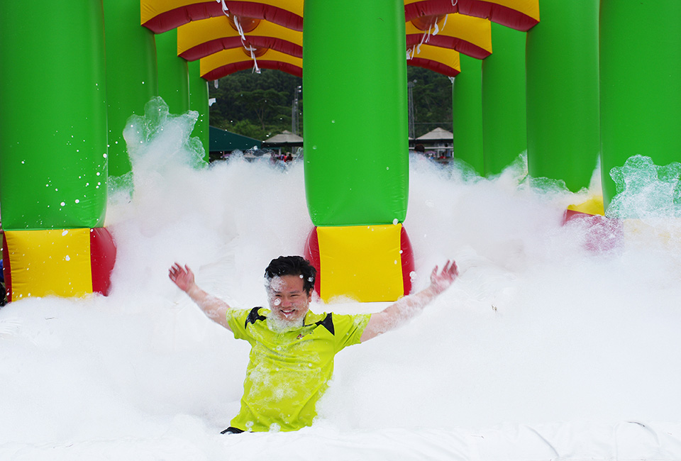Experience Singapore's First Ever 5K Foam Run at Sentosa