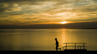 Why I Love Running at Night