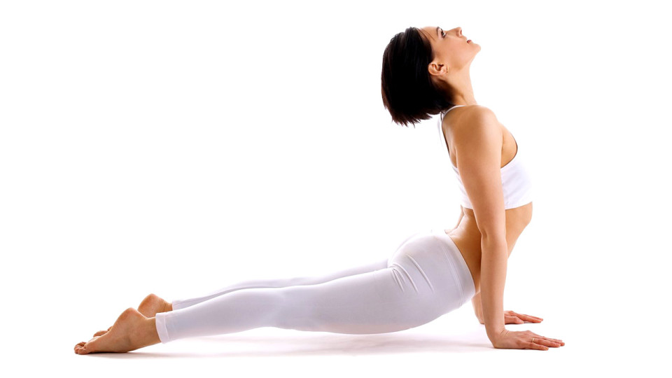 Strengthen Your Upper Body With The Upward Facing Dog Pose