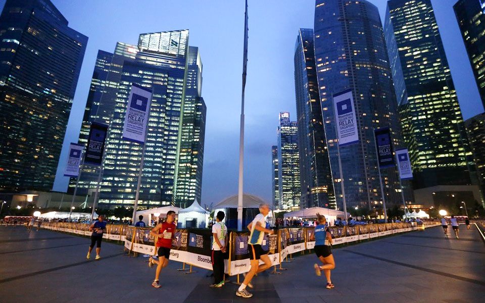 Bloomberg Square Mile Relay 2014 Returns to Singapore!