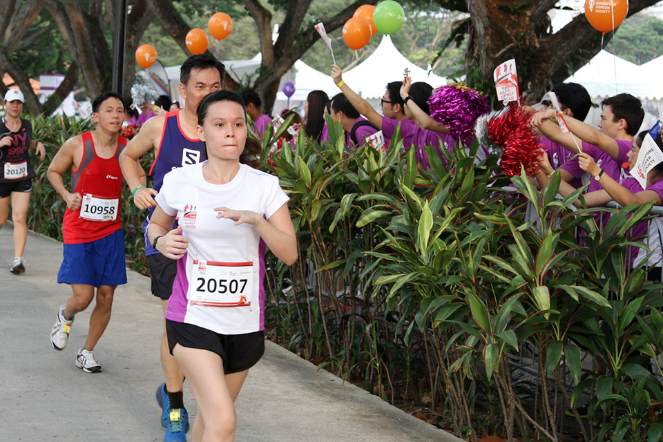 SingTel Race Against Cancer 2014 Raises Record S$1 Million to Fight Cancer