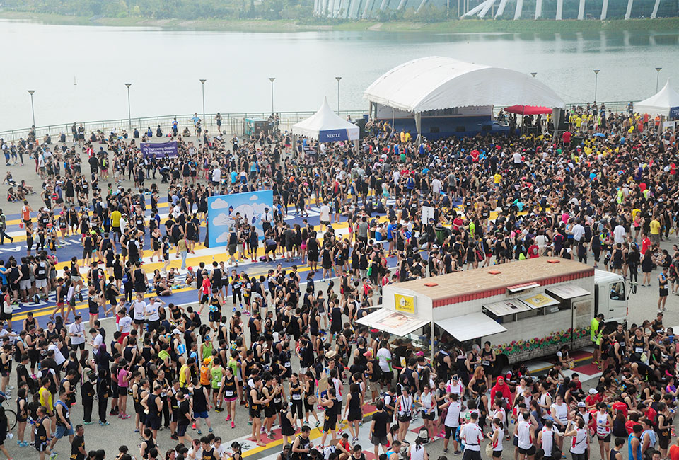 SIA Charity Run 2014 Flies High With 13,000 Runners and Astounding S$5 Million Raised for Charity