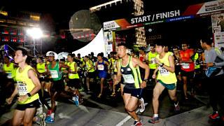 First-Ever Men's Health & Women's Health Night Run 2015 Kickstart in Malaysia