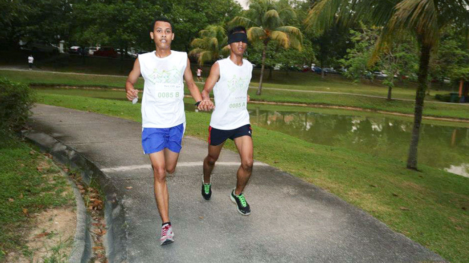 Can You Run Without Looking? Watch Out for Run For Sight 2015