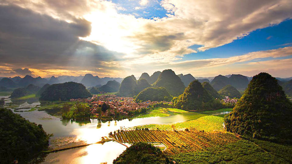 Behold Impressive Karst Lands & Crystal Clear Lakes at the Yunnan • Puzhehei International Marathon