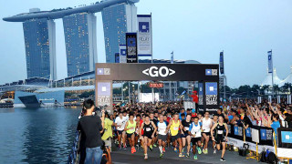 Bloomberg Square Mile Relay Singapore 2015