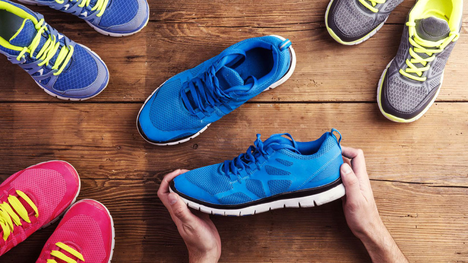 How to Pick a Good Pair of Suitable Running Shoes For You