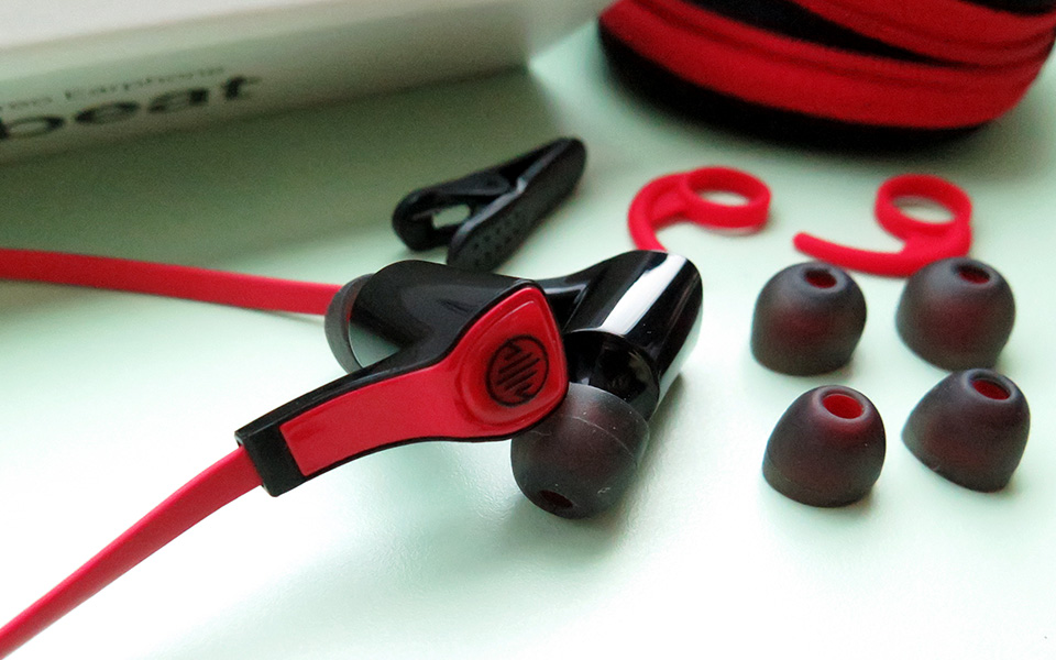 Your Wallet Will Thank You for Choosing LOTS LTB-2000 Up-beat Earphones