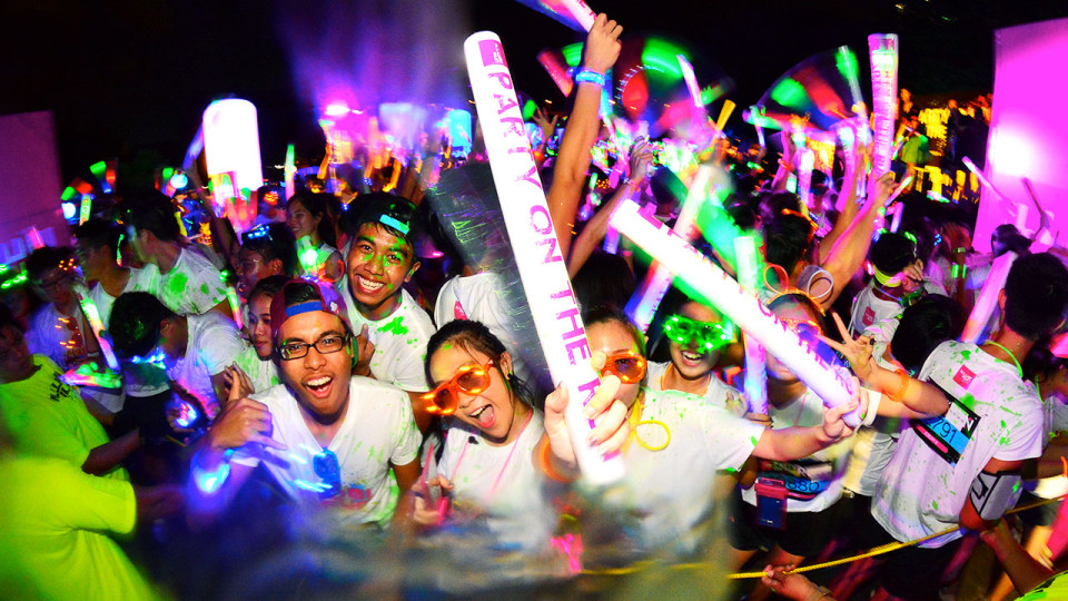 ILLUMNI RUN: Singapore's Ultimate Party on a Run!
