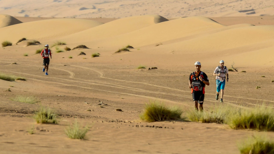 3rd Oman Desert Marathon: 165KM Immersed in the Vast, Magical Desert