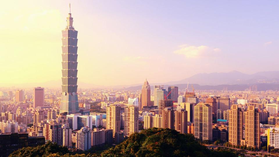 Travelling to Taiwan? Come Witness the Taipei Marathon 2015!