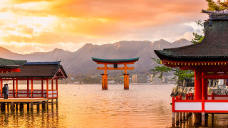 2nd Miyajima Marathon: An Island where People and Gods Live Together