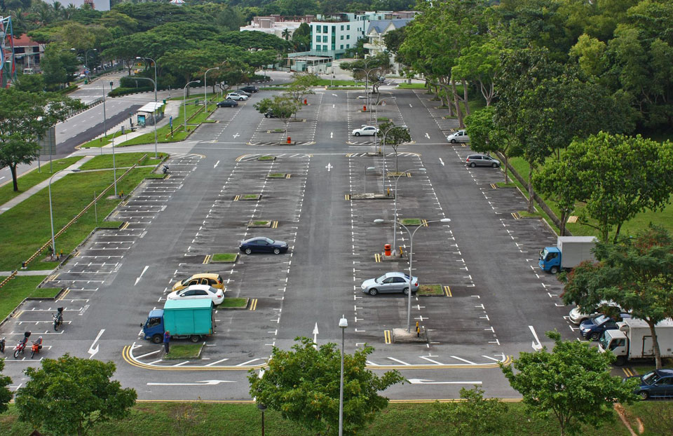Singapore Runners Most Uncertain as Car Park Fee Increases