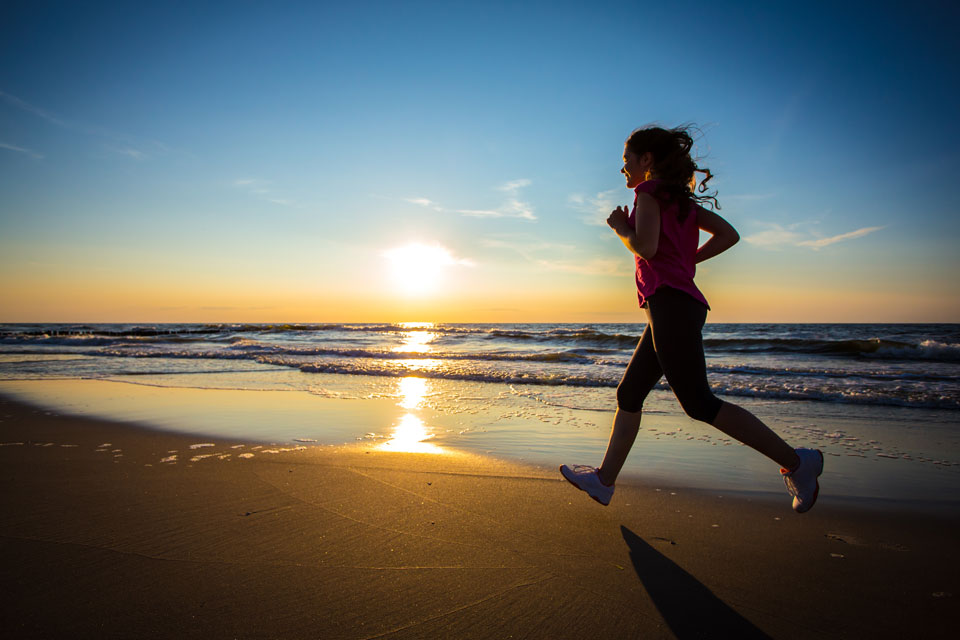 2016 Sunset Run: Smell the Sea, Feel the Breeze, Hear the Ocean, For a Good Cause