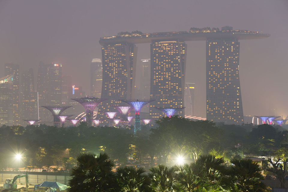 When a Haze Settles Over Singapore on Event Day, Do You Lose Your Cool?