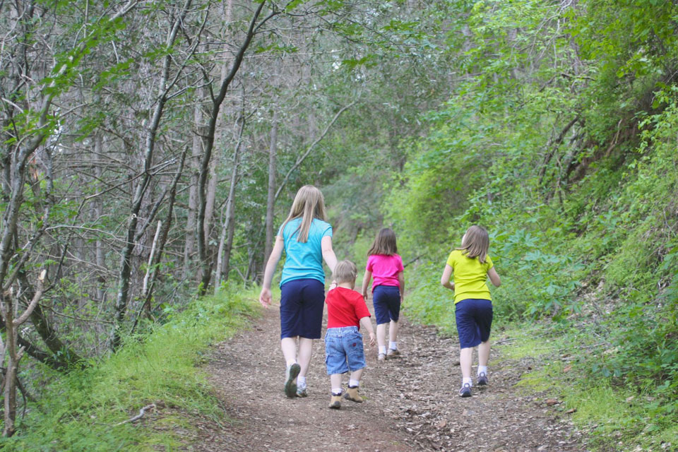 0 Great Reasons to Include Your Kids on Your Next Trail Run