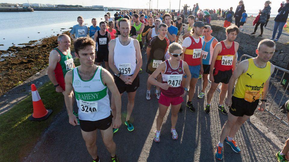 Tall Runner vs Short Runner, Who Run Faster and Live Better?