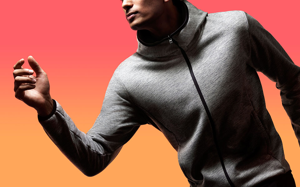 Uniqlo's New Blocktech Technology Re-Defines Rainy, Windy Running Days!