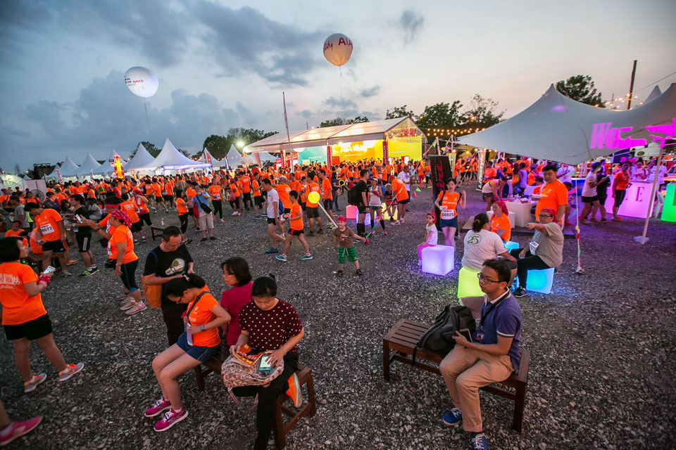 Men's Health Women's Health Night Run by AIA Vitality- Johor: Will 3 Be Your Lucky Charm?
