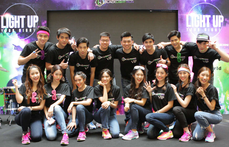 Basic Black? Totally in Style—at Skechers Blacklight Run™ Thailand 2017