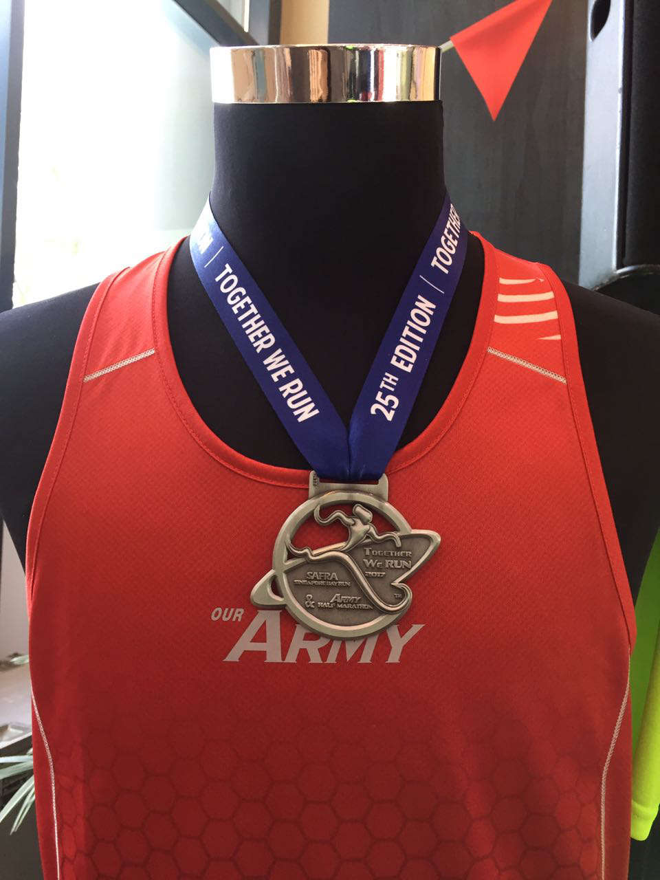 SAFRA Singapore Bay Run & Army Half Marathon (SSBR & AHM) 2017 Medals Designs and Race Entitlements