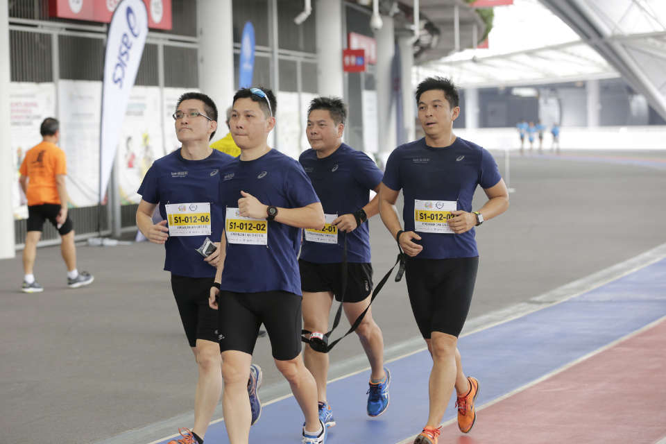 People's Association-ASICS Community Ultra Ekiden Collects Running Shoes for the Needy