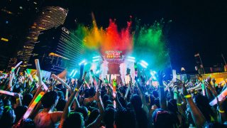 ILLUMI FEST RUN Turns Marina Bay into a Glowing Party