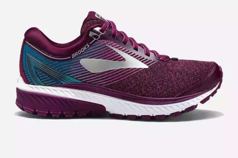 7a75b6d3f6e3c 5 Best Running Shoes For Women Runners in 2018